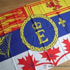 Militaria: BANDERA CANADIENSE. REINA ISABEL II.. Lote 51171692