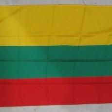 Militaria: BANDERA ACTUAL LITUANIA - MEDIDAS APROXIMADAS 200 X 120 CMS.. Lote 56109898