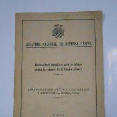 Militaria: JEFATURA NACIONAL DE DEFENSA PASIVA. INSTRUCCIONES CONTRA LOS EFECTOS DE BOMBA ATOMICA. 1949. TDKP11. Lote 57057276
