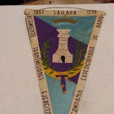 Militaria: BANDERIN RGTO TRANSMISIONES EJERCITO, CIA EXPEDICIONARIA DE RADIO, 1957-58 SAHARA, SIDI IFNI, . Lote 63155208