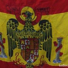 Militaria: BANDERA ESPAÑA EPOCA FRANCO ESCUDO CON EL AGUILA DE SAN JUÁN EVANGELISTA. Lote 64297255