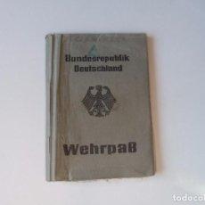 Militaria: WEHRPASS BUNDESWEHR ALEMANIA 1975. Lote 71807551