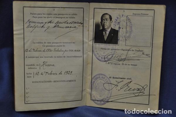 Militaria: Pasaporte del Teniente Coronel Cristóbal Fernández Valdés, juez instructor en Barcelona,. 1929. - Foto 3 - 74713623
