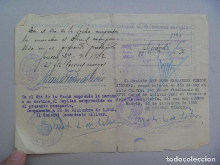 Militaria: CAPITANIA GENERAL 2ª REGION: PASAPORTE CAPITAN CABALLERIA PARA CURSO . SWEVILLA, 1952 - Foto 2 - 76696299
