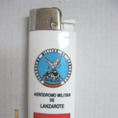 Militaria: MECHERO MILITAR. AERODROMO MILITAR DR LANZAROTE EVA-22 VER FOTO ADICIONAL. Lote 85346192