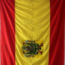 Militaria: BANDERA GRAN TAMAÑO DE ESPAÑA CON AGUILA DE SAN JUAN. EPOCA DE FRANCO. Lote 88571680