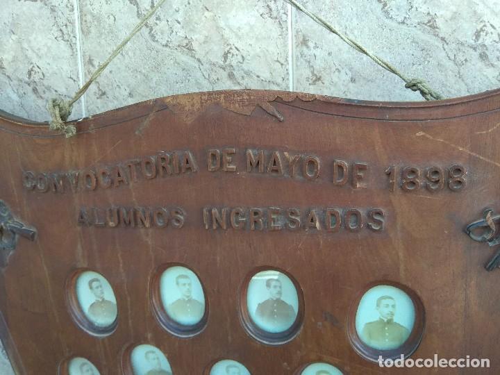 Militaria: Metopa - Orla Madera - Militar Infantería - Convocatoria de Mayo 1898 - Alumnos Ingresados - - Foto 25 - 114920595