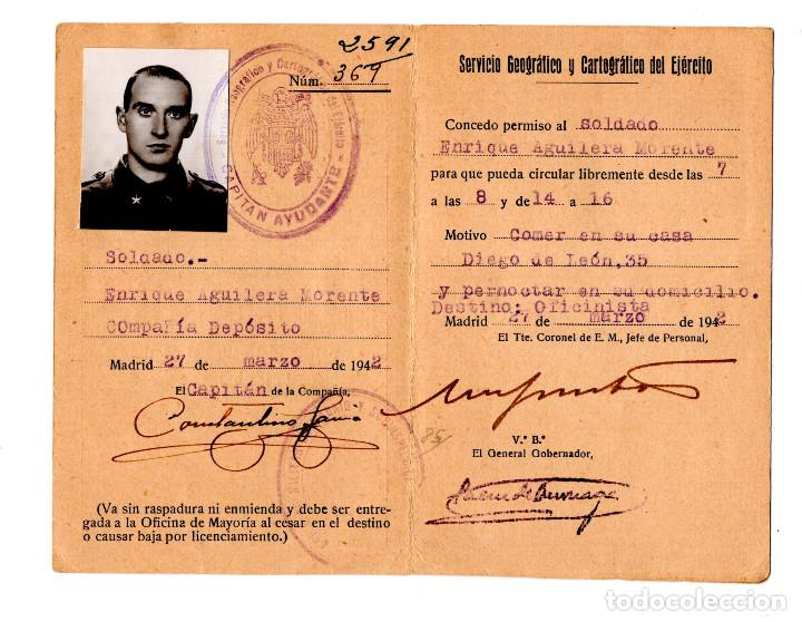 TARJATA DE CONCESIN DE PERMISO PARA PODER SALIR DEL CUARTEL FUERA DE HORAS. SERVICIO GEOGRÁFICO 1942 (Militar - Propaganda y Documentos)