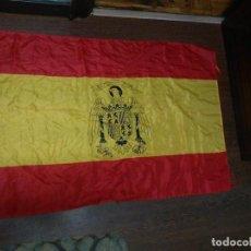 Militaria: BANDERA GRANDE ESPAÑOLA EPOCA DE FRANCO CON AGUILA DE SAN JUAN PARA BALCON O MASTIL ENVIO GRATIS. Lote 117284187
