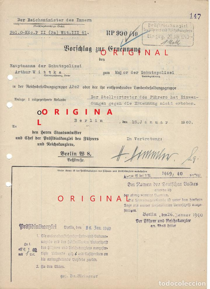 HEINRICH HIMMLER, FIRMA MANUSCRITA EN TINTA DE PLUMA EN DOCUMENTO DE ASCENSO DE MAJOR DE LA SCHUPO (Militar - Propaganda y Documentos)