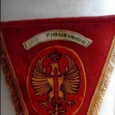 Militaria: BANDERÍN CAMPAMENTO FIGUEIRIDO C.I.R 13. Lote 134836322