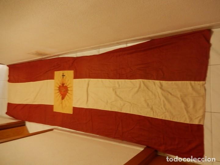 Militaria: Bandera patriótica de balcón. Sagrado Corazón. Guerra civil y Postguerra. - Foto 7 - 137226290