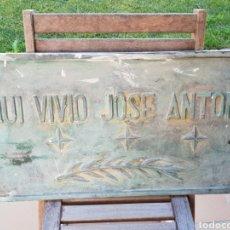 Militaria: JOSÉ ANTONIO PRIMO DE RIVERA, PLACA ORIGINAL DE SU CASA EN CÁDIZ, ORIGINAL COMPLETAMENTE.PIEZA UNICA. Lote 148188636