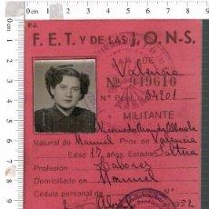 Militaria: CARNET DE MILITANTE DE FET Y DE LAS JONS DE VALENCIA . PROVISIONAL. 1952. CON FOTOGRAFÍA. FALANGE. Lote 149436486