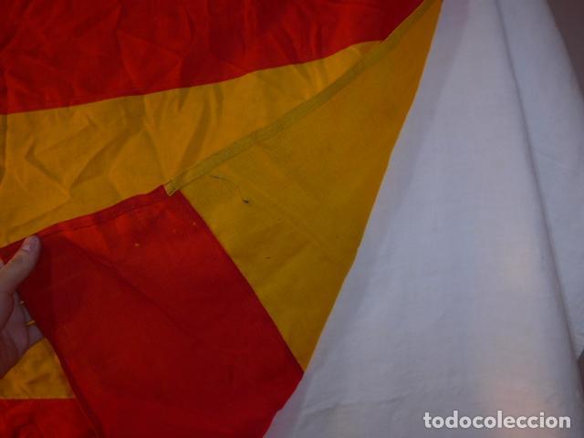 Militaria: Antigua gran bandera española de años 20, alfonsina, original, de antes de guerra civil. - Foto 9 - 150017154