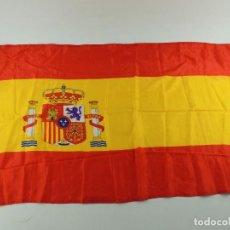 Militaria: ANTIGUA BANDERA ESPAÑOLA AUTENTICA MILITAR . Lote 154568854