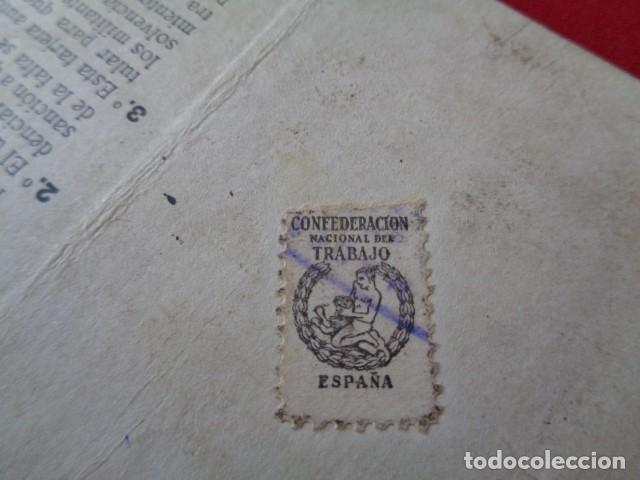 Militaria: CNT. CREDENCIAL MILITANTE. INDUSTRIA CATALUÑA. 1945. CON TAMPONES Y VIÑETA CUOTA CONFEDERAL - Foto 3 - 157326298