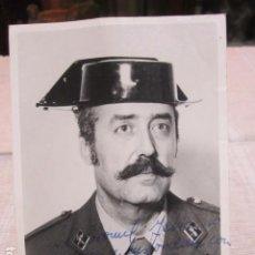 Militaria: FOTOGRAFÍA DEL TENIENTE CORONEL ANTONIO TEJERO. DEDICADA Y FIRMADA. 9 X 12,5 CMS.. Lote 166267058