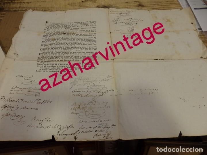 Militaria: VITORIA, 1815, PASAPORTE CONCEDIDO A DOS OFICIALES PARA IR A BILBAO Y VALLADOLID POR UNA CAUSA LEGAL - Foto 3 - 169629240