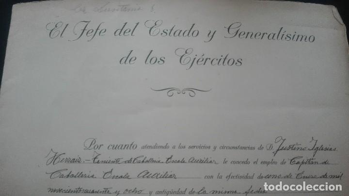 Militaria: ASCENSO A CAPITAN. FIRMA FRANCO Y DAVILA. - Foto 2 - 169754116