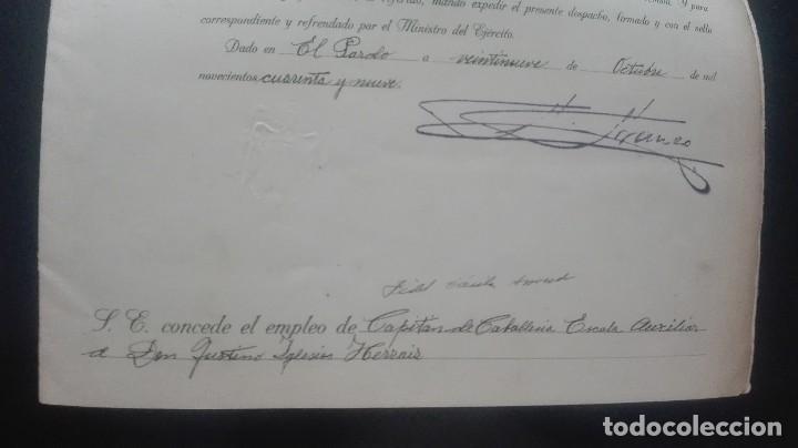 Militaria: ASCENSO A CAPITAN. FIRMA FRANCO Y DAVILA. - Foto 5 - 169754116