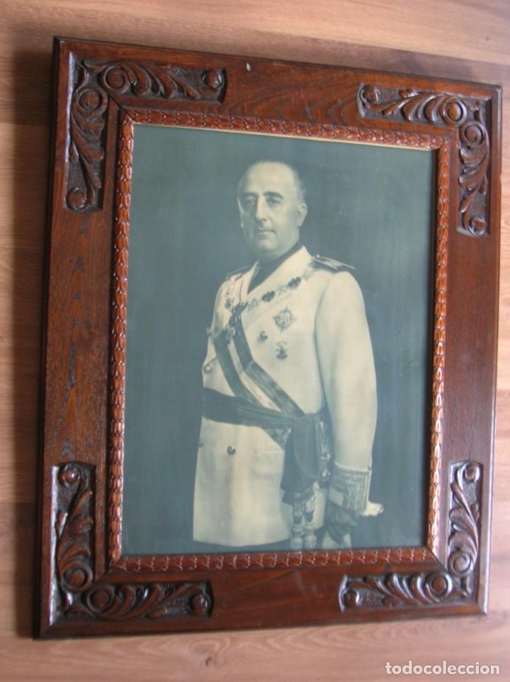 Militaria: EXCEPCIONAL RETRATO DEL CAUDILLO GENERALISIMO FRANCO. AÑOS 40. GRANDES DIMENSIONES. JERARCA. FALANGE - Foto 2 - 171748390