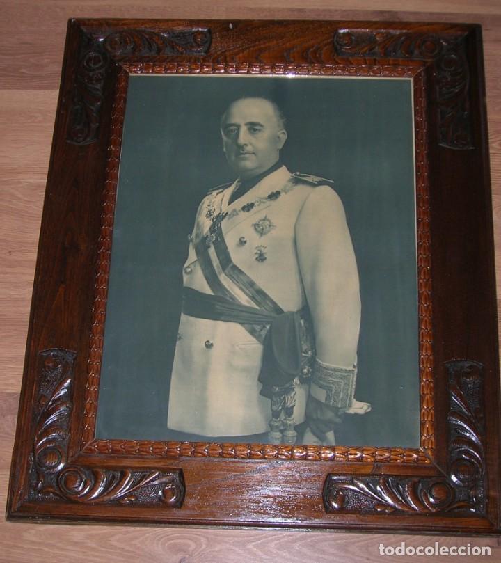 Militaria: EXCEPCIONAL RETRATO DEL CAUDILLO GENERALISIMO FRANCO. AÑOS 40. GRANDES DIMENSIONES. JERARCA. FALANGE - Foto 4 - 171748390