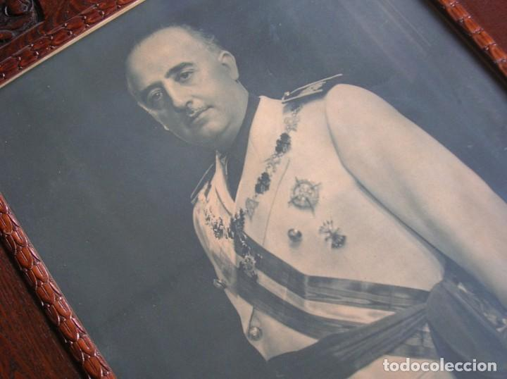Militaria: EXCEPCIONAL RETRATO DEL CAUDILLO GENERALISIMO FRANCO. AÑOS 40. GRANDES DIMENSIONES. JERARCA. FALANGE - Foto 6 - 171748390