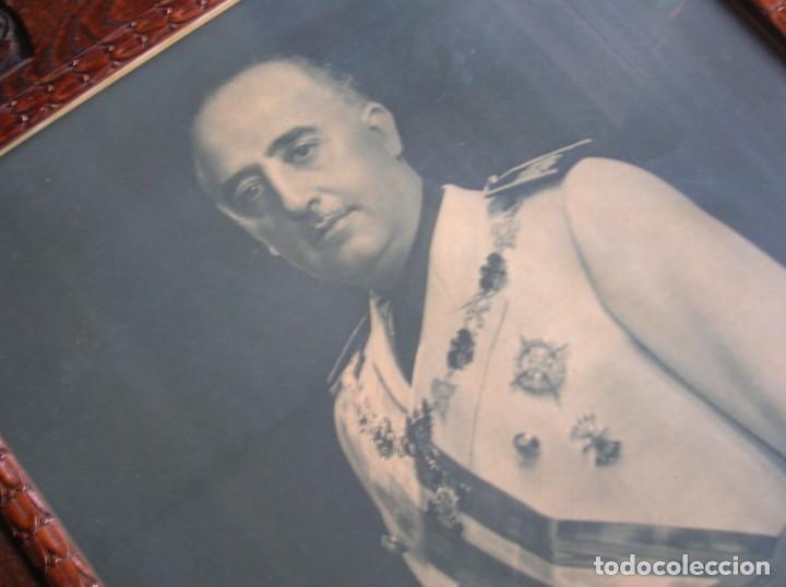 Militaria: EXCEPCIONAL RETRATO DEL CAUDILLO GENERALISIMO FRANCO. AÑOS 40. GRANDES DIMENSIONES. JERARCA. FALANGE - Foto 7 - 171748390