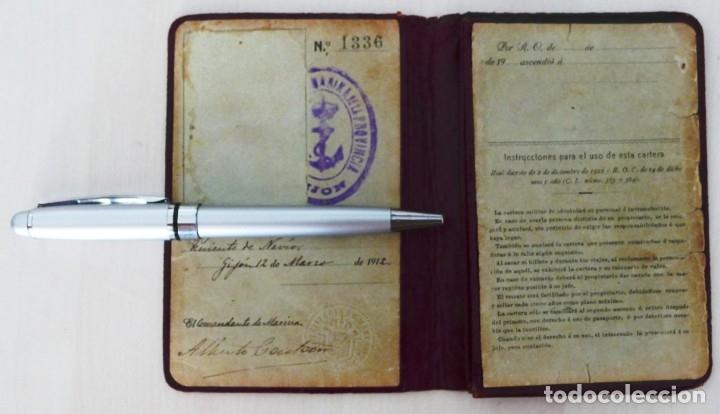 Militaria: ARMADA ESPAÑOLA. CARTERA DE IDENTIDAD MILITAR DE UN OFICIAL (TENIENTE DE NAVÍO) ÉPOCA ALFONSO XIII - Foto 2 - 176452944