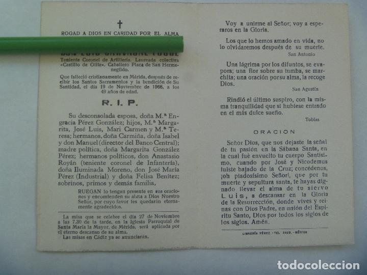 Militaria: RECORDATORIO TENIENTE CORONEL ARTILLERIA MEDALLA LAUREADA COLECTIVA CASTILLO OLITE. MERIDA, 1968 - Foto 2 - 179029453