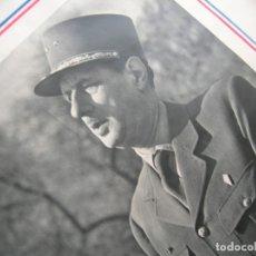 Militaria: ANTIGUO CARTEL DE GRAN TAMAÑO CON RETRATO DEL GENERAL DE GAULLE. SEGUNDA GUERRA MUNDIAL.. Lote 181172072