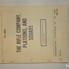 Militaria: LIBRO DE INSTRUCCIÓN GUERRA DE VIETNAM PARA COMPAÑÍA, SECCIÓN Y PELOTON. Lote 182544145