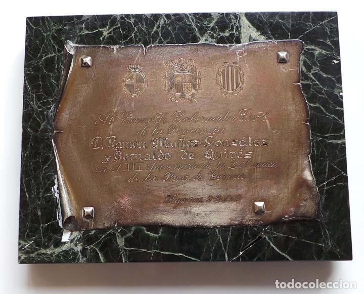 PLACA GOBERNADOR CIVIL PROVINCIA DE GERONA.- RAMÓN MUÑOZ GONZÁLEZ Y BERNALDO DE QUIRÓS. (Militar - Propaganda y Documentos)