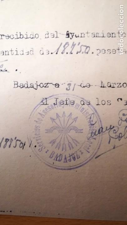 Militaria: RECIBO DE COBRO, FALANGE, BURGUILLOS DEL CERRO, BADAJOZ, AÑO 1942 - Foto 2 - 194980860
