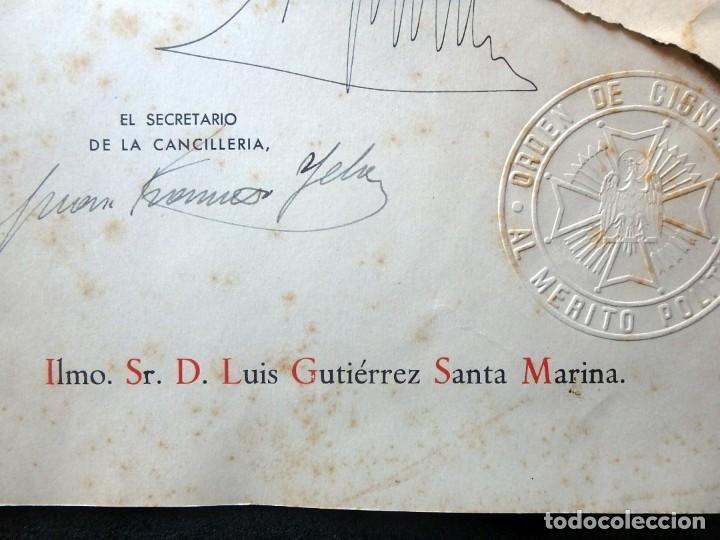 Militaria: (JX-200252)Concesión de la Encomienda con Placa de la Orden de Cisneros a D.Luis G.Santa Marina . - Foto 3 - 195346537
