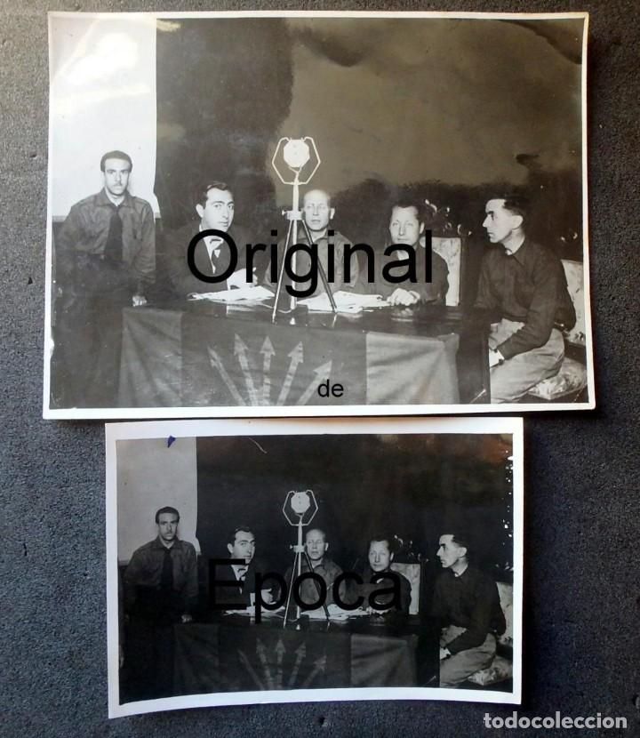 (JX-200254)DOS FOTOGRAFÍAS DEL MITIN DE JOSE ANTONIO PRIMO DE RIVERA EL 3 DE MAYO DE 1935 EN BCN . (Militar - Propaganda y Documentos)