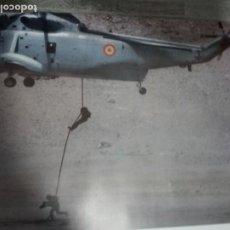 Militaria: SH-3 SEA KING Y FAST-ROPE.I.M 48X67CM. Lote 195430241