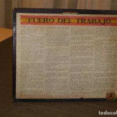 Militaria: DOCUMENTO *CARTA O FUERO DEL TRABAJO* DECRETO 9 DE MARZO DE 1938. INF. 4 FOTOS . Lote 195449376