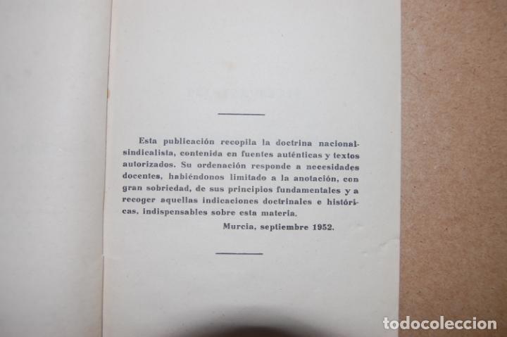 Militaria: Lecciones de Formación del Espíritu Nacional. Frente de Juventudes. Murcia. - Foto 2 - 199753517