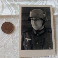 Militaria: SOLDADO ALEMÁN.WEHRMACHT.CASCO M-42.MIRA MIS OTROS ARTÍCULOS DE TEMATICA MILITAR.. Lote 199961213