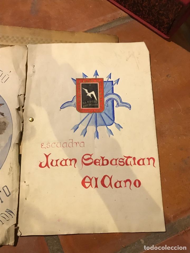 Militaria: Curiosos documentos de la centuria Luis Moscardó escuadra García Morato portadas pintadas a mano - Foto 2 - 203134598