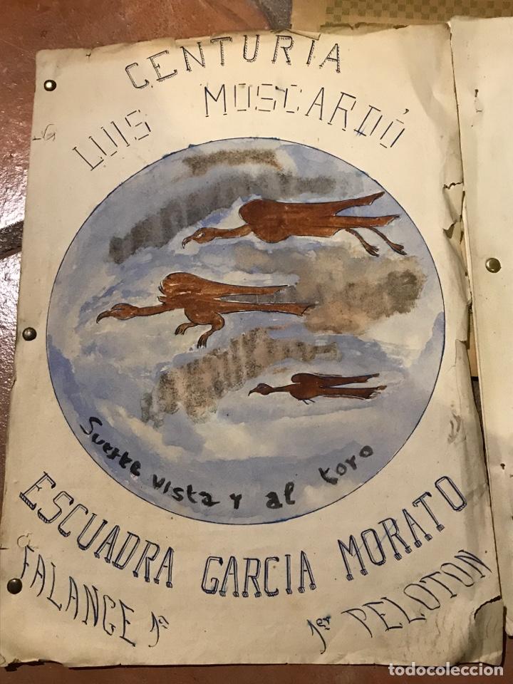 Militaria: Curiosos documentos de la centuria Luis Moscardó escuadra García Morato portadas pintadas a mano - Foto 3 - 203134598