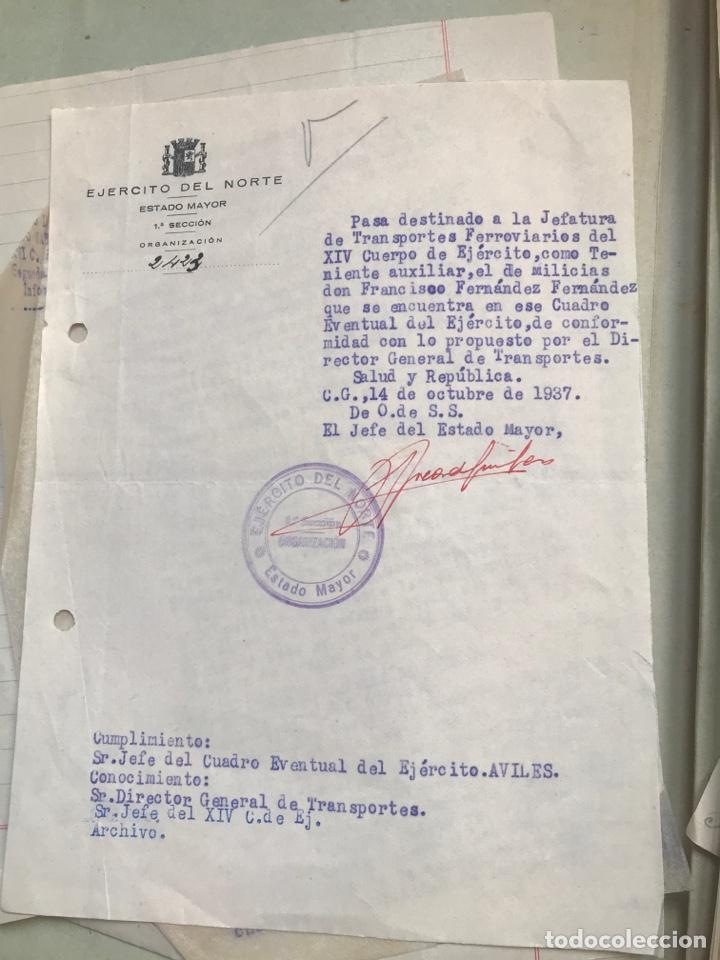 Militaria: Carpeta conteniendo diversa documentación del ejército republicano en el frente del norte asturias - Foto 3 - 203173583