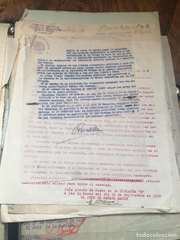 Militaria: Carpeta conteniendo diversa documentación del ejército republicano en el frente del norte asturias - Foto 15 - 203173583