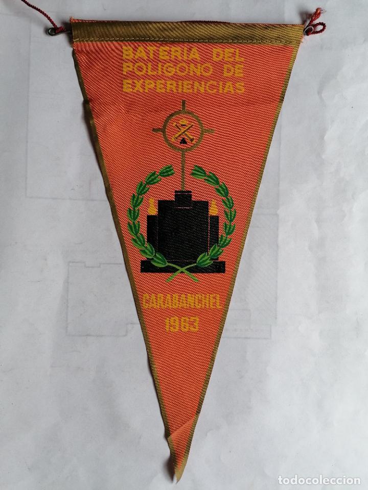 BANDERIN BATERIA DEL POLIGONO DE EXPERIENCIAS - CARABANCHEL, AÑOS 1963 (Militar - Propaganda y Documentos)