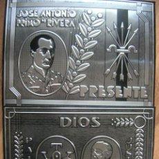 Militaria: PLACAS DE JOSE ANTONIO Y DEL CAUDILLO GENERALISIMO FRANCO. YUGO Y FLECHAS FALANGISTA. FUERZA NUEVA.. Lote 207425378