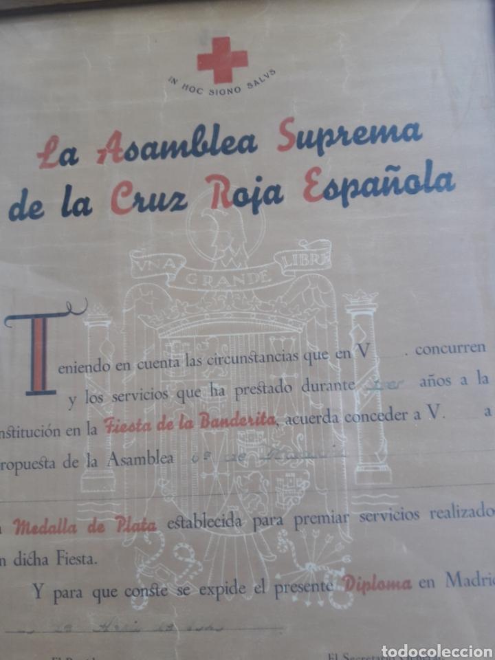 Militaria: Antiguo diploma enmarcado, Asamblea Suprema de la Cruz Roja Española - Foto 2 - 208361702