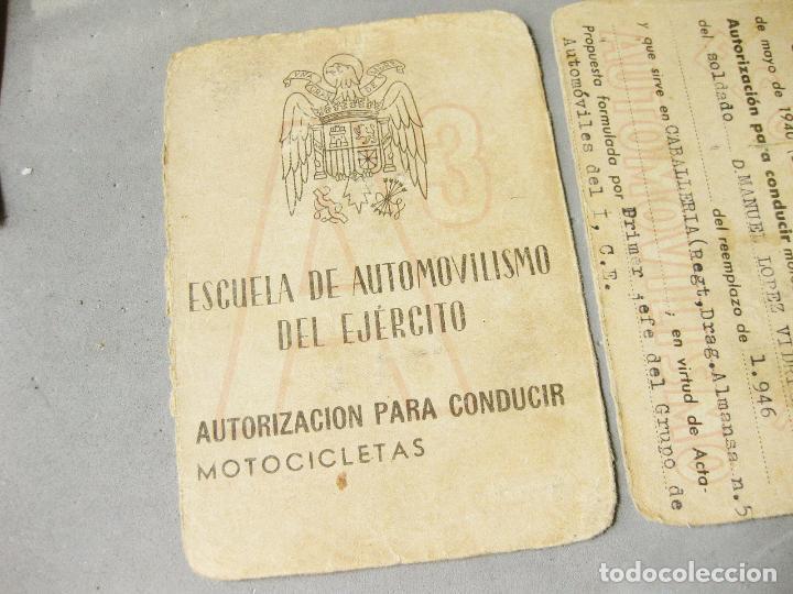 Militaria: CARNET DE LA ESCUELA DE AUTOMOVILISMO DEL EJÉRCITO 1946 CABALLERÍA DRAGONES DE ALMANSA. MOTOCICLETAS - Foto 5 - 221510595