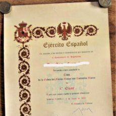 Militaria: CONCESIÓN CRUZ DE LA ORDEN DEL MÉRITO MILITAR CON DISTINTIVO BLANCO 1ª CLASE AÑO 1983. Lote 237798385